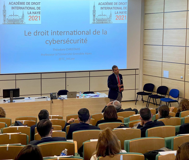 © IHEDN © Conférence de M. Théodore CHRISTAKIS au profit des auditeurs de la majeure SNC.